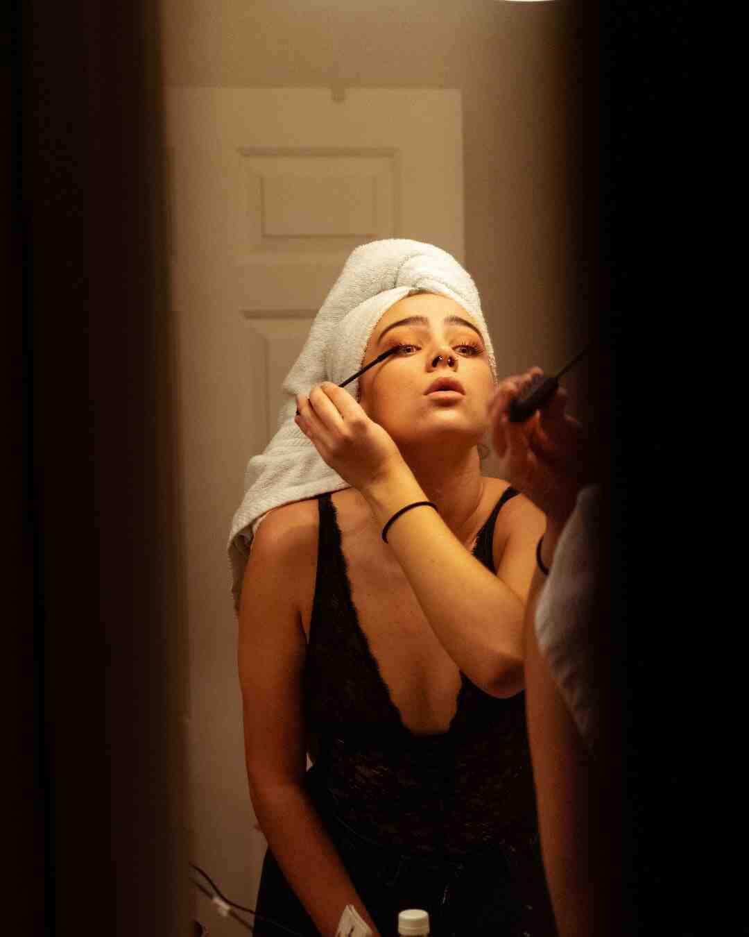 Comment nettoyer une brosse à mascara